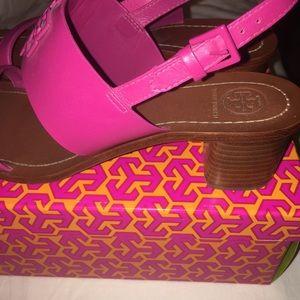 3e510b1dec6d3 Tory Burch Shoes - Tory Burch pink Melinda sandal. Size 10